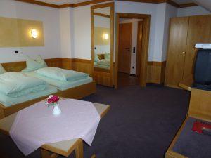 Appartement 6 mit Singleküche, Safe und kostenfreien WLAN