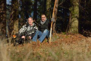 Männer auf der Jagd, Bogenfreundschaft